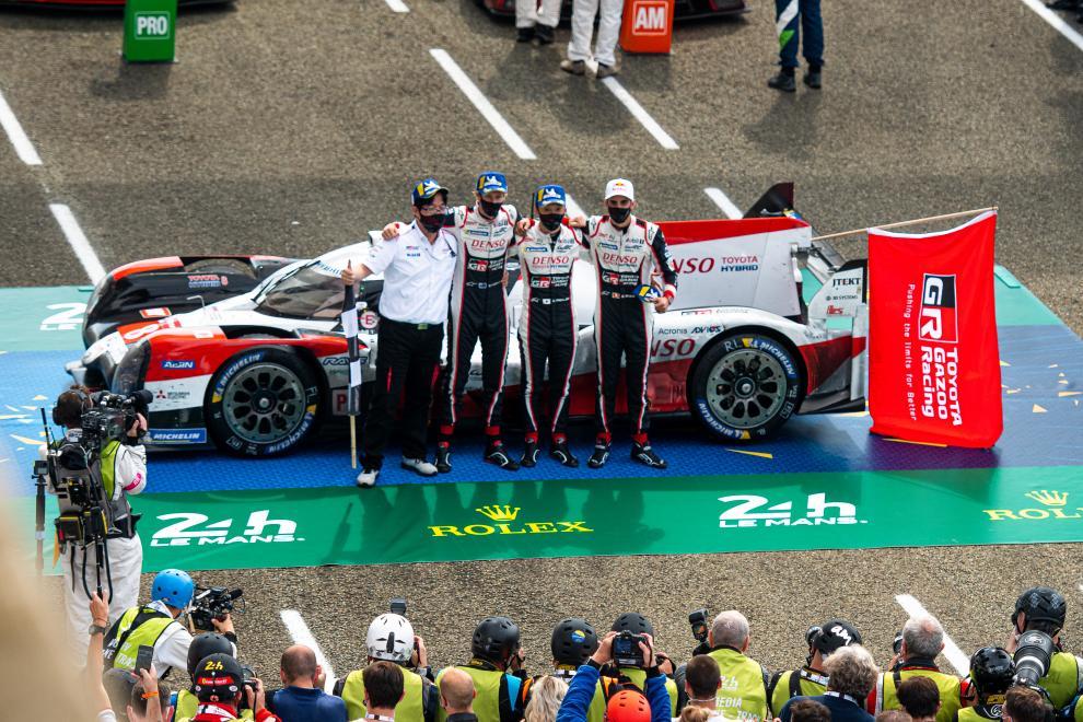 WEC | 8h del Bahrain: Toyota e Porsche in pole position